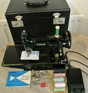 Singer 221k Featherweight Sewing Machine With Attachments
