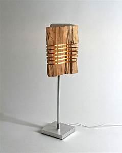 Lampe Design Sur Pied : lampe en bois une s lection de mod les design moderne ~ Teatrodelosmanantiales.com Idées de Décoration