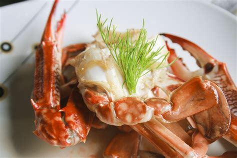 how to boil crab how to cook dungeness crab 10 steps with pictures wikihow