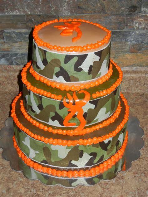 camo browning symbol cakes