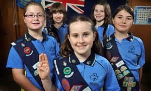Australian Girl Guides Turn Their Backs On The Monarchy