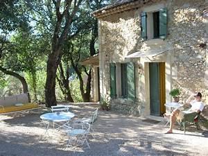 Ferienhaus Kaufen Spanien : ferienhaus s dfrankreich provence luberon steinhaus urlaub ~ Lizthompson.info Haus und Dekorationen