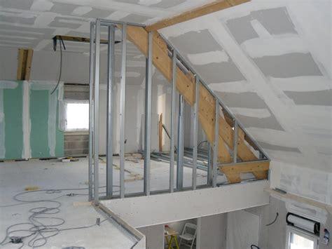 pose plaque placo plafond poser du placo au plafond sans rail 100 images monter une cloison en ba13 pose rail placo