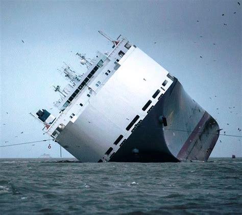 The Sinking Ship  Webling's World