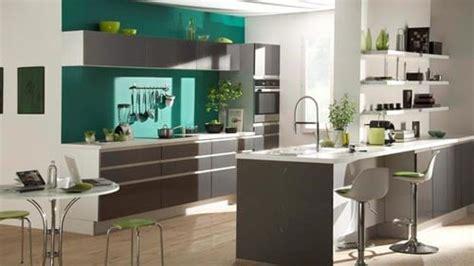 cuisine en longueur ouverte dix idées d 39 agencement pour cuisines ouvertes sur le salon