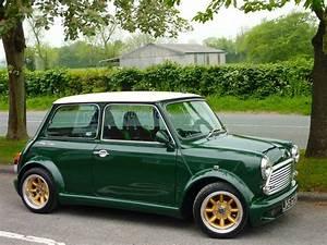 Mini Austin Cooper : 1972 austin mini cooper green mini mini cooper mini cooper s pinterest minis classic ~ Medecine-chirurgie-esthetiques.com Avis de Voitures