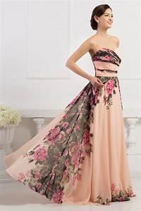 c3cdf607371e Šaty na svatbu - šaty na svatbu by měly být nevšední přišla vám