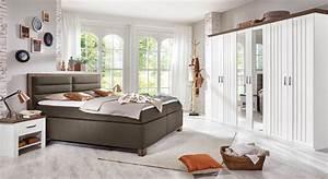 Günstiges Schlafzimmer Komplett : romantisches landhaus schlafzimmer mit boxspringbett baduro ~ Indierocktalk.com Haus und Dekorationen