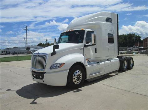2019 International Lt625 Conventional Trucks W/ Sleeper