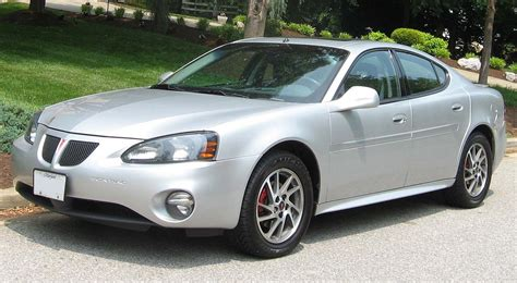 Pontiac Grand Prix by Pontiac Grand Prix