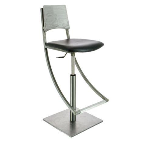 tabouret de cuisine 4 pieds le mobilier de style industriel 4 pieds tables