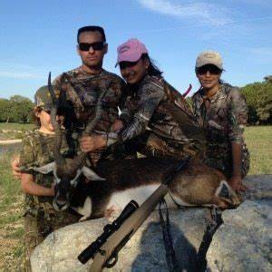 Book your New Years Holiday Deer Hunt at Shonto Ranch