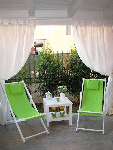 tettoia chiusa vivereverde tettoia fotovoltaica tettoia giardino