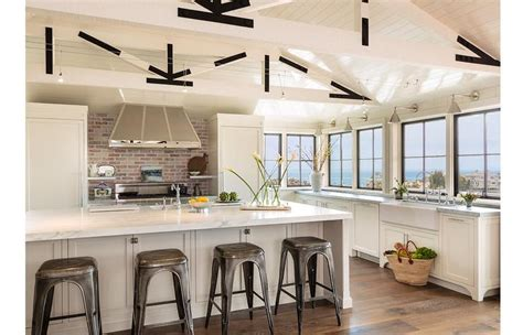 Cottage Kitchen Backsplash : Cottage Kitchen With White Truss Ceiling