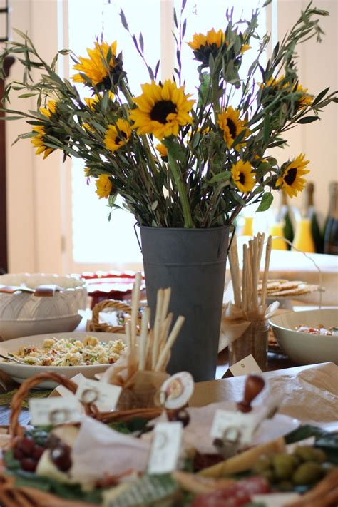 Wedding Showers by Best 25 Sunflower Bridal Showers Ideas On