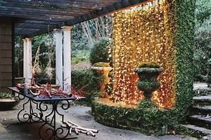 5 unique diy outdoor christmas lights ideas maggwire With 5 unique outdoor holiday lighting ideas