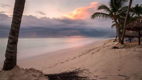 Sea Shore View On Sunset · Free Stock Photo