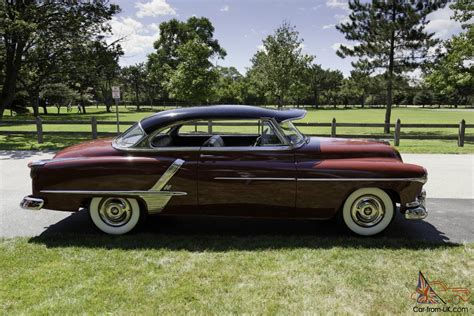 1952 Oldsmobile Super 88 Holiday Coupe