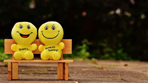 Happy Hd Wallpaper 1080p by Wallpaper 1920x1080 Smiles Happy Cheerful