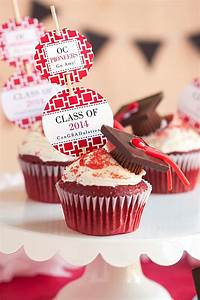 Graduation Idea: Cupcake Toppers - Evermine Blog