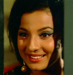 Station Hollywood: Tanuja – the charming actress of bollywood.