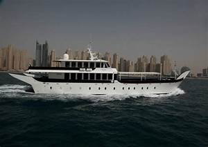 Ocean Yachts 37 Express Autos Post