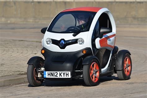 renault twizy renault twizy technic smart fortwo electric drive vs