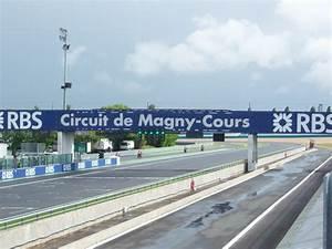 Circuit De Magny Cours : photo magny cours photos images magny cours 58470 ~ Medecine-chirurgie-esthetiques.com Avis de Voitures