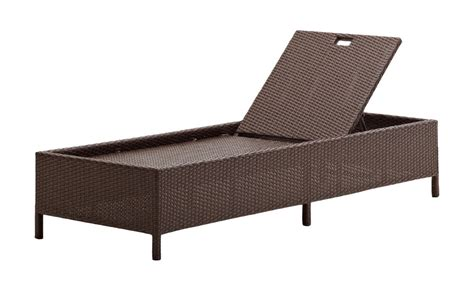 amazon chaise amazon com strathwood griffen all weather wicker chaise
