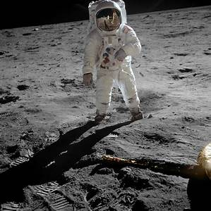 """""""Ajacks' I Don't Know Why, I just do"""": First Moon Landing ..."""
