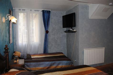 chambre hote lourdes chambre d 39 hôtes et table d 39 hôtes au pied du chateau