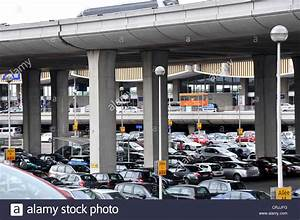 Charles De Gaulle Parking : cars parking roissy charles de gaulle airport terminal 2 paris france stock photo 48967508 alamy ~ Medecine-chirurgie-esthetiques.com Avis de Voitures