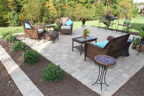 buy hardscape pavers and hardscape paver materials for