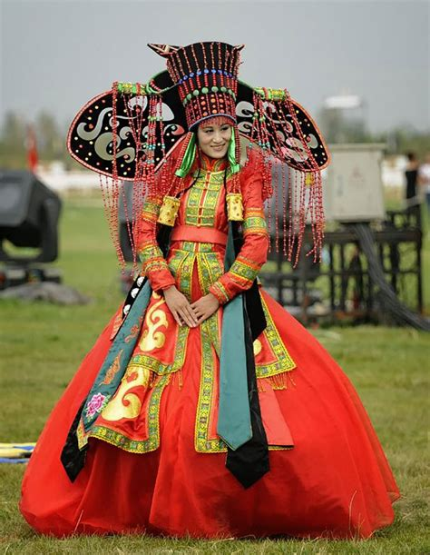 15 traditional wedding outfits from around the world demilked