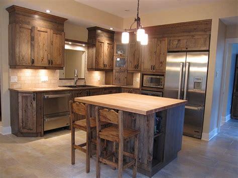 cuisines rustiques bois ilot de cuisine en bois de grange mzaol com
