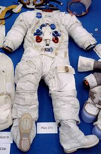 Neil Armstrong Suit Badge - Pics about space