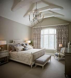 La meilleur decoration de la chambre couleur taupe for Chambre à coucher adulte moderne avec rangement housse de couette sous vide