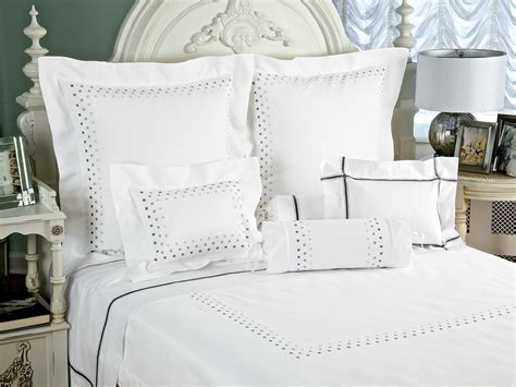 Bed Linens : The St. Regis Bed & Champagne Collection Bedding Set