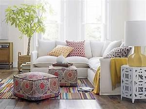 le gros coussin pour canape en 40 photos coussin canape With tapis moderne avec housse coussin pour canapé
