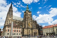 Visiting Prague Castle and St Vitus Cathedral: What you ...