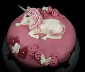 Einhorn Kuchen Deko : die besten 25 einhorn torte bestellen ideen auf pinterest geburtstagstorte emoji frozen ~ Eleganceandgraceweddings.com Haus und Dekorationen