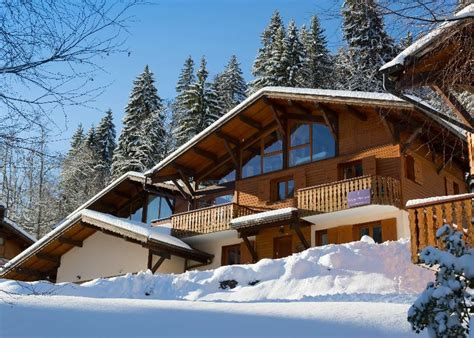 catered ski chalet morzine simply morzine chalet madeleine morzine luxury ski chalet for catered chalet skiing holidays