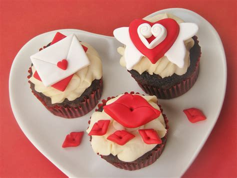 valentinesday cupcakes diy how to make easy and adorable valentine s day cupcake toppers catch my party