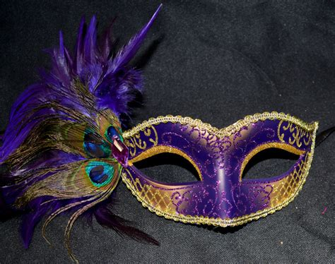 Creative Gold Peacock Large Wall Clock Metal Living Room: Purple/Gold Women Party Mask Masquerade Mask With Gems