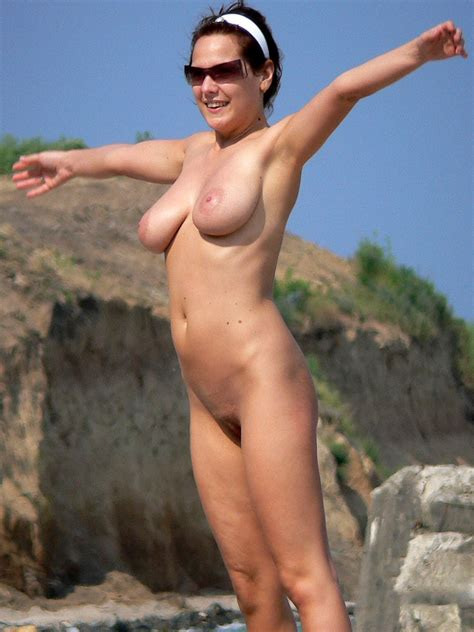 18 In Gallery Naked On The Beach Saggy Tits Picture
