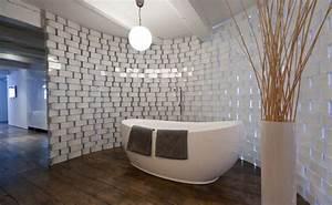 Catalogue Salle De Bains Ikea : des vases ikea pour une salle de bain en transparence ~ Dode.kayakingforconservation.com Idées de Décoration
