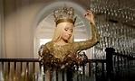 Nicki Minaj & 'Freedom': Singer Releases Music Video For ...