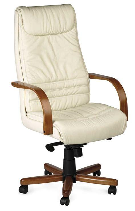 fauteuil en bois et cuir fauteuil de bureau en bois fauteuil de direction en cuir direct si 232 ge