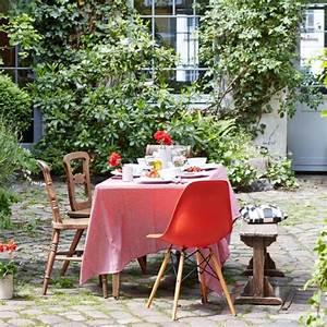 Tischdeko Rot Weiß : tischdeko wei es geschirr dreimal anders living at home ~ Indierocktalk.com Haus und Dekorationen