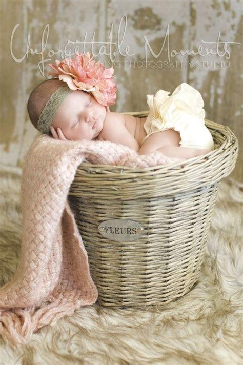ideas  newborn photography props